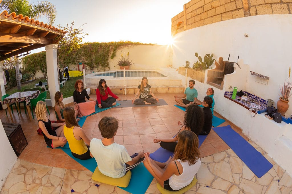 Yoga Lesson - Surf & yoga camp